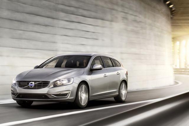 alb_53_57_2014-Volvo-S60-V60-XC60-13%5B2%5D.jpg